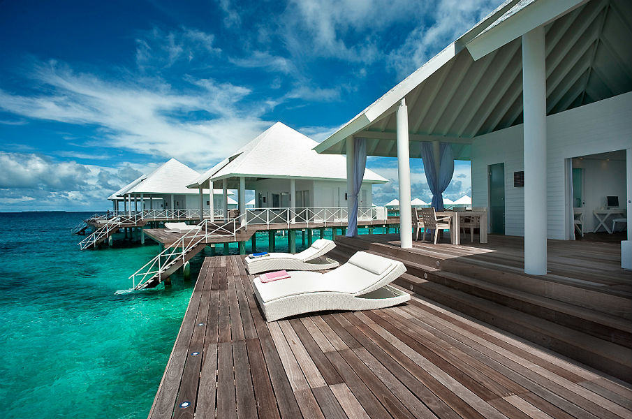Outdoor furniture trends for hotels - comfort