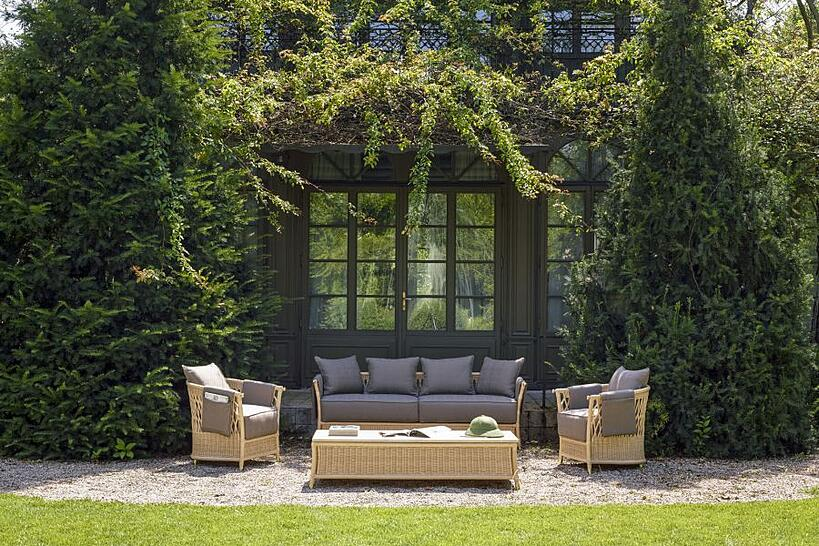 What are the best outdoor furnishings for your climate? Chairs Sofa Table