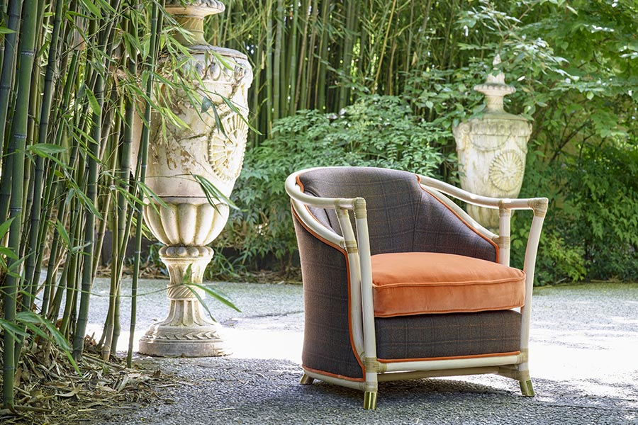 What are the best materials for luxury outdoor furniture? 2