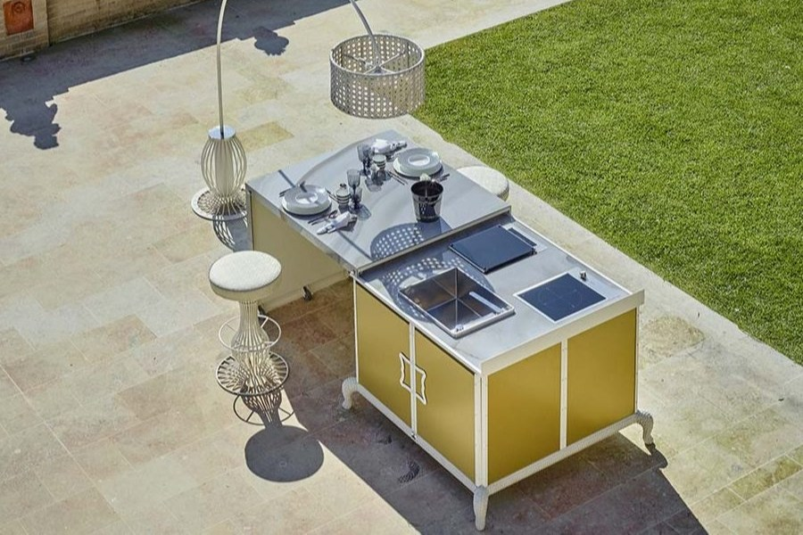 The best luxury outdoor kitchen finishes for furnishing an outdoor space 3