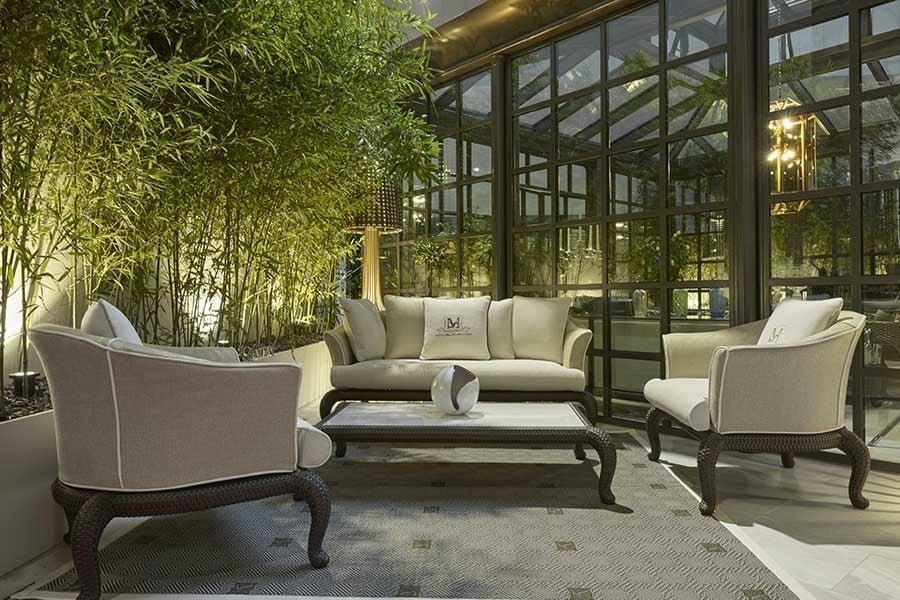 choose luxury outdoor furniture-sofa