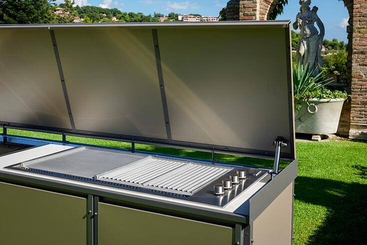 How to design a luxury outdoor kitchen grill