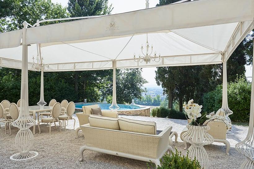 The best outdoor design process for your clients' villa bioclimatic pergola
