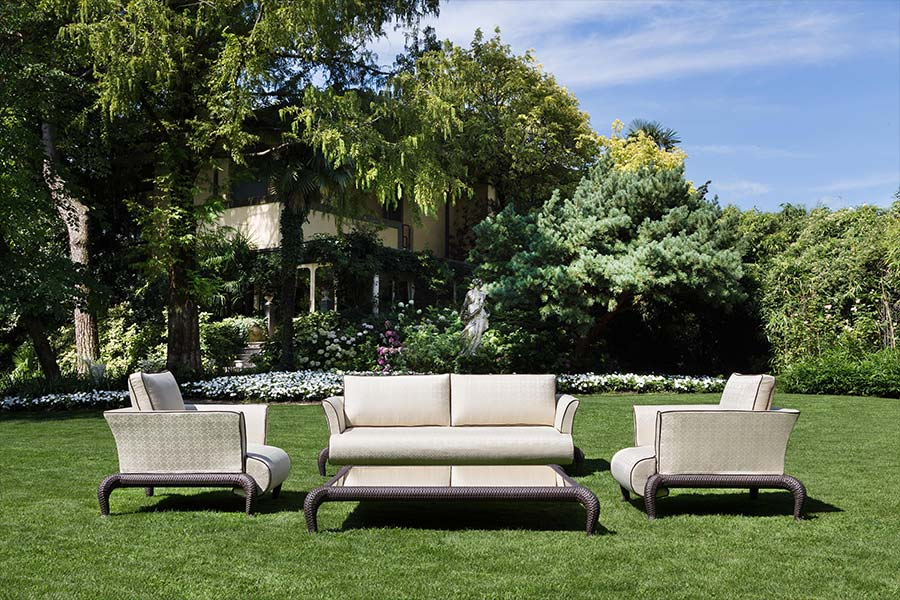 How do you create the perfect luxury outdoor living space 4