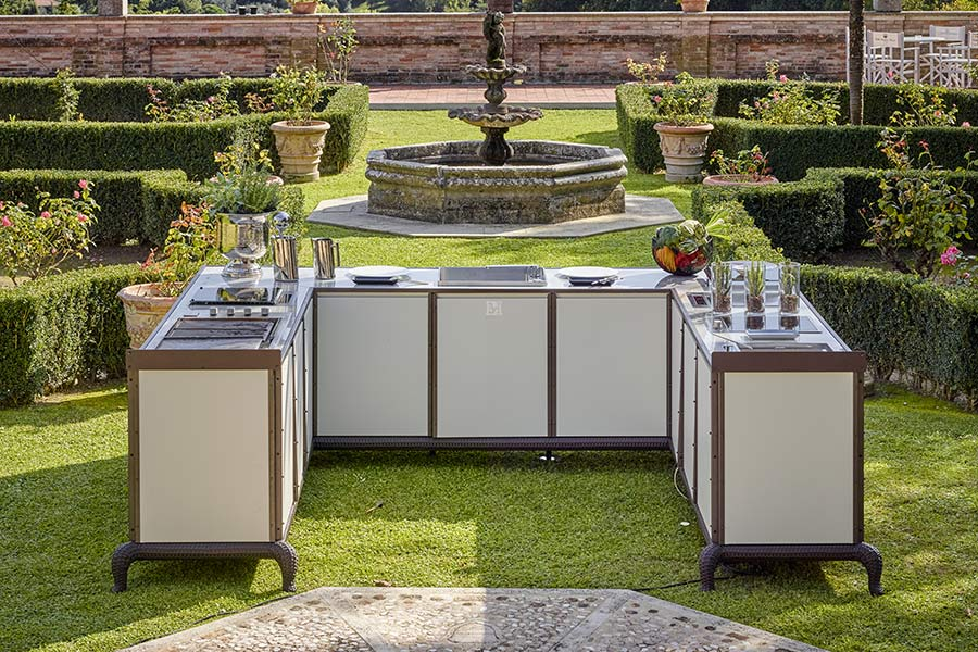 Create an elegant outdoor space with DFN outdoor kitchens 7
