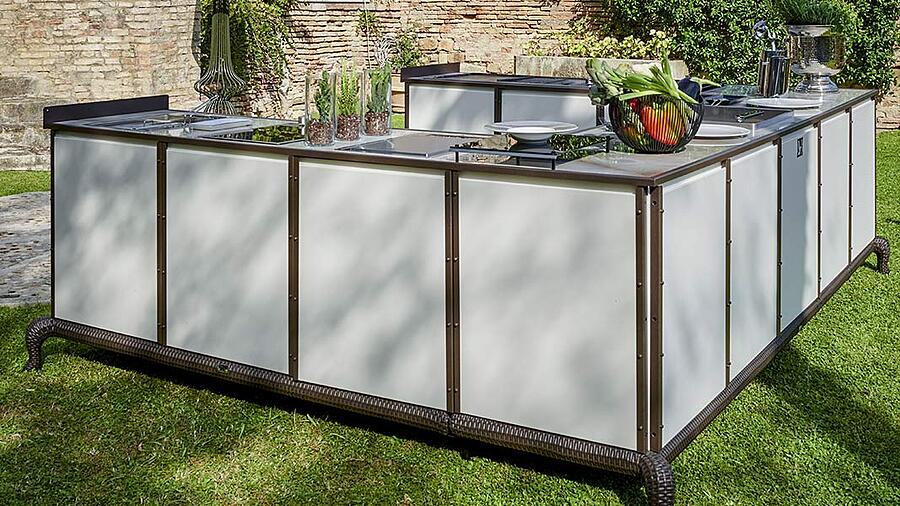 Give personality and exclusivity to luxury outdoor kitchen designs with DFN solutions 6