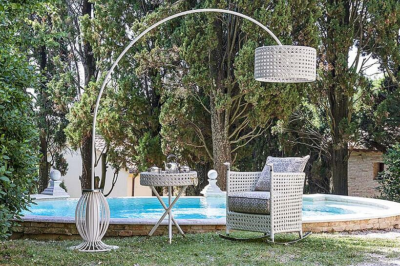 The best outdoor design process for your clients' villa outdoor lighting