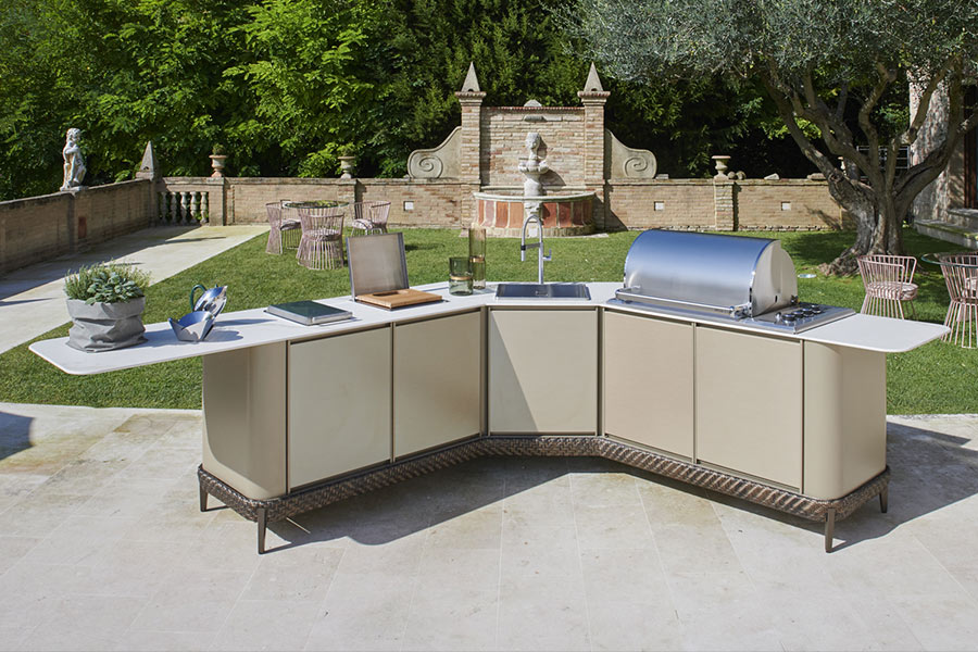 Create an elegant outdoor space with DFN outdoor kitchens 3