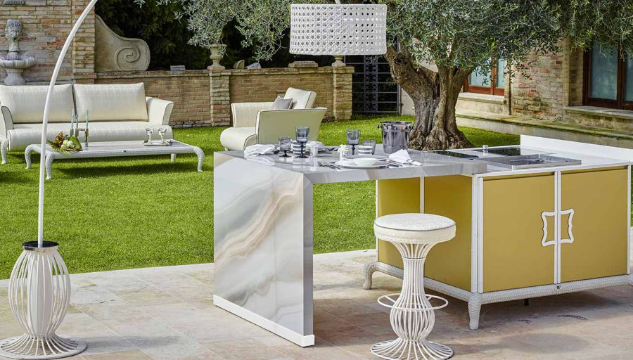 planning the perfect luxury outdoor kitchen-sliding