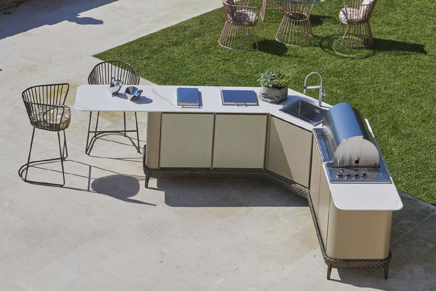 what is the best location for an outdoor kitchen