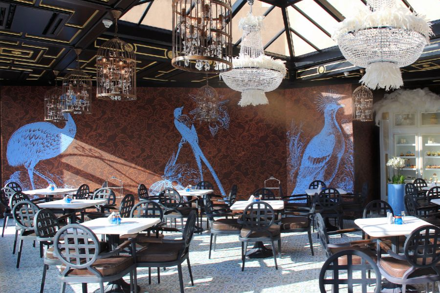 How to design an exclusive restaurant patio