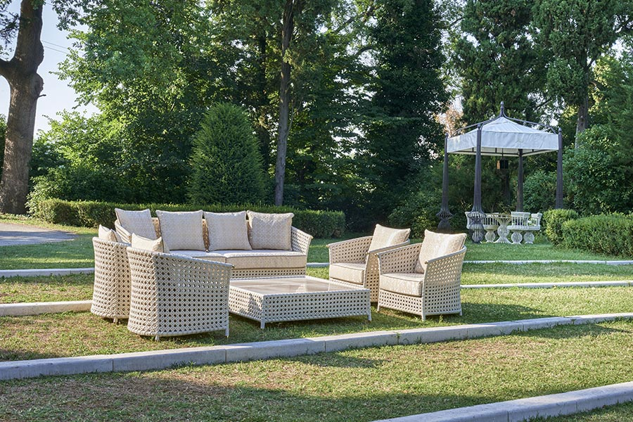 How do you create the perfect luxury outdoor living space?